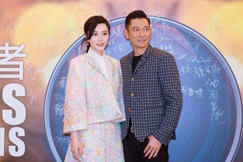 """Clip: Phạm Băng Băng mắng thẳng mặt phóng viên vì em trai bị nói là """"con riêng"""" - Ảnh 2"""