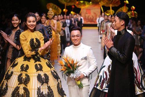 NTK Nguyễn Công Trí mở màn Tuần lễ thời trang Quốc tế Việt Nam Xuân Hè 2018 - Ảnh 5