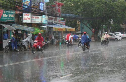 Dự báo thời tiết ngày Giỗ Tổ 10/3: Cảnh báo mưa dông diện rộng - Ảnh 1