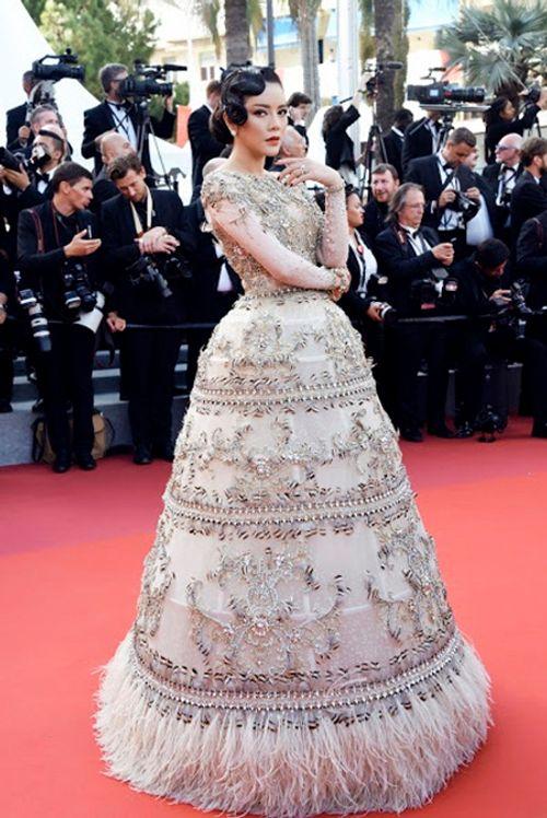 Điểm lại những lần xuất hiện ấn tượng nhất của Lý Nhã Kỳ tại LHP Cannes - Ảnh 11