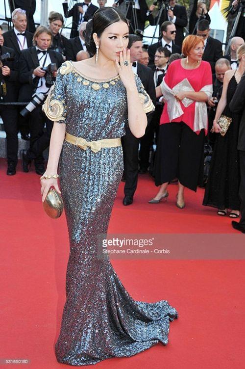 Điểm lại những lần xuất hiện ấn tượng nhất của Lý Nhã Kỳ tại LHP Cannes - Ảnh 5