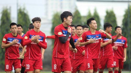"""Đội tuyển Việt Nam thăng hạng trên BXH FIFA, """"tiếp cận"""" Top 100 - Ảnh 1"""