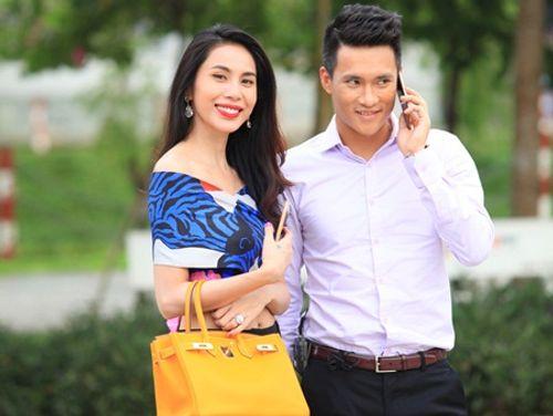 """Bí quyết """"giữ lửa"""" tình yêu của hai cặp đôi nức tiếng làng giải trí Việt - Ảnh 1"""