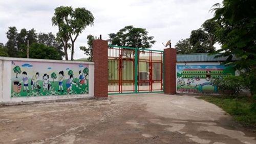 Vụ cô giáo quỳ khóc xin đừng đóng cửa cơ sở mầm non ở Nghệ An: Clip được dàn dựng? - Ảnh 1