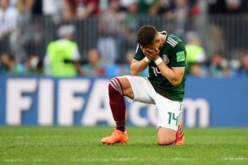 World Cup 2018: Chicharito khóc nức nở trên sân sau khi thắng Đức - Ảnh 3