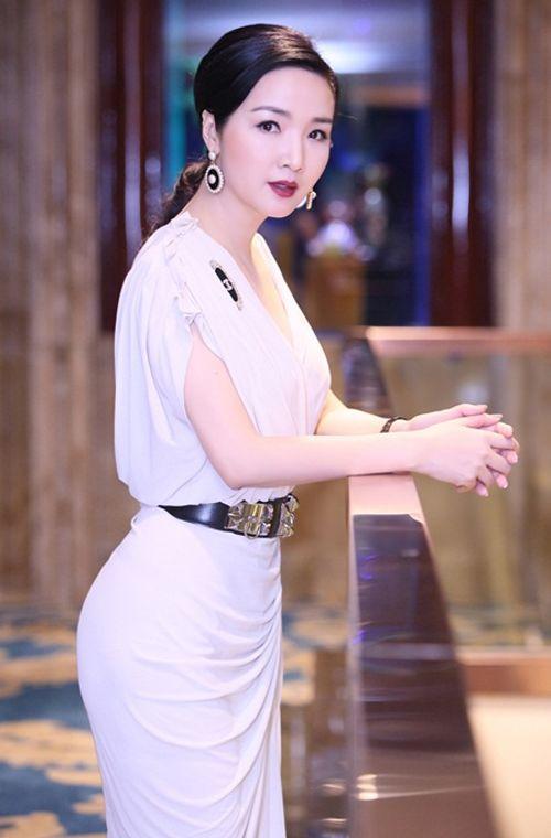 Nhan sắc không tuổi và cuộc sống giàu sang của Hoa hậu đền Hùng Giáng My - Ảnh 6