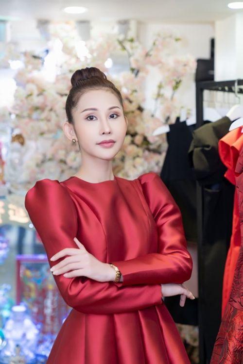 """Nguyễn Thị Thành """"mách nước"""" cho Chi Nguyễn trước ngày thi Miss Asia World - Ảnh 1"""