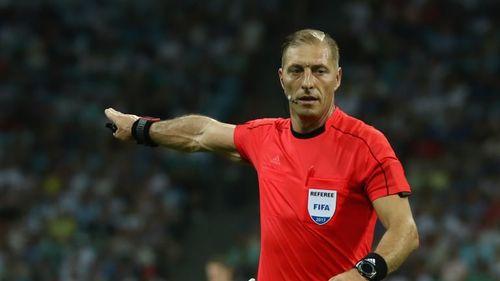 Tứ kết World Cup 2018: Người Pháp lo ngại vì trọng tài mà FIFA chỉ định - Ảnh 1