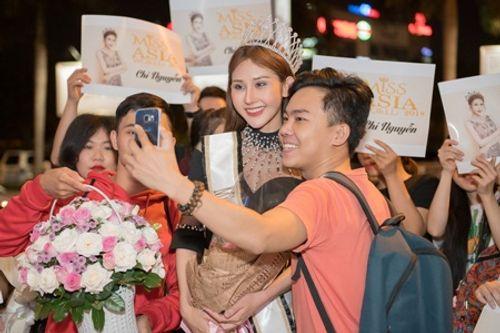 Hoa hậu Chi Nguyễn về nước sau khi đăng quang Miss Asia World 2018 - Ảnh 4