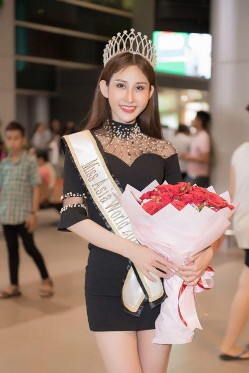 Hoa hậu Chi Nguyễn về nước sau khi đăng quang Miss Asia World 2018 - Ảnh 3