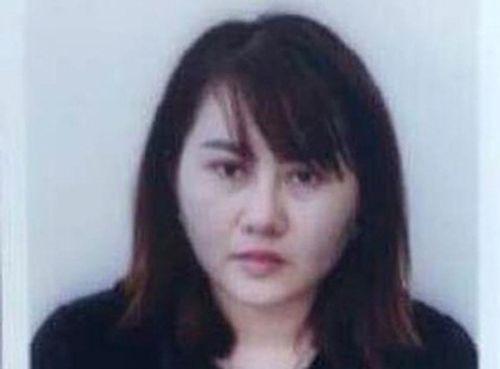"""Bắt giữ """"nữ quái"""" mạo nhận là giám đốc sân bay Đà Nẵng, lừa đảo gần chục tỷ đồng - Ảnh 1"""