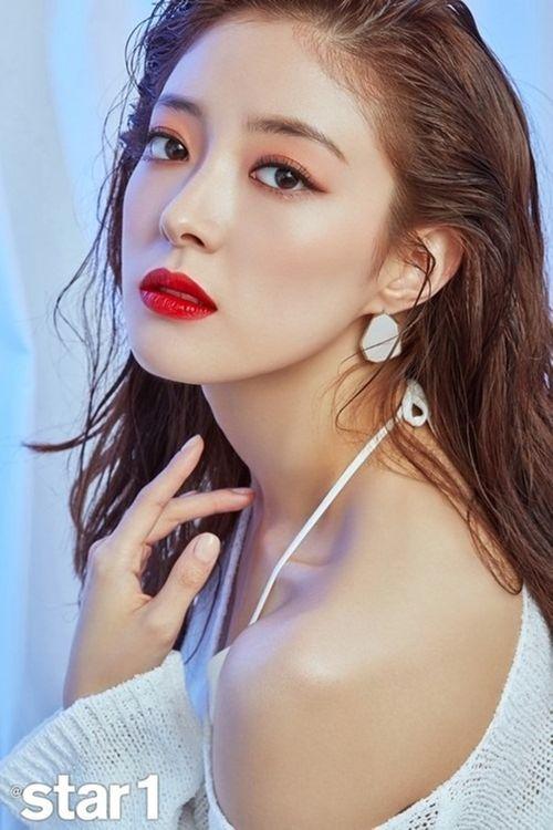Ngất ngây nhan sắc của những bóng hồng từng hẹn hò với Son Heung Min - Ảnh 9