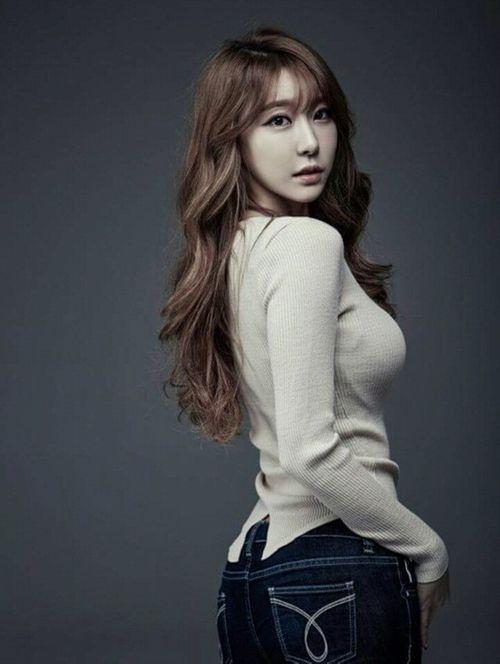 Ngất ngây nhan sắc của những bóng hồng từng hẹn hò với Son Heung Min - Ảnh 2