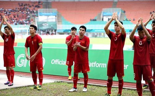 """Sao Việt động viên Olympic Việt Nam: """"Không khóc, các chàng trai!"""" - Ảnh 1"""