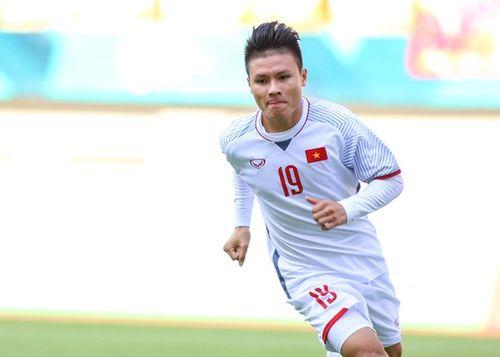 Bầu Hiển chia sẻ quan điểm nếu Quang Hải được đội bóng Anh ngỏ ý - Ảnh 1