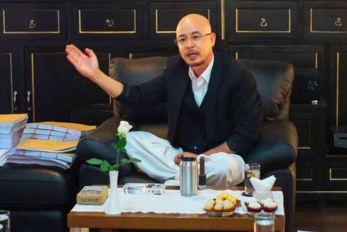 """Hé lộ nguyên nhân hoãn phiên tòa xử vụ ly hôn của vợ chồng """"vua"""" cà phê Trung Nguyên - Ảnh 1"""