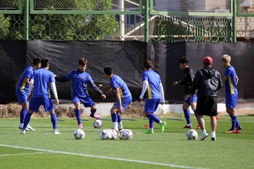 Asian Cup 2019: Quên đi thất bại, tuyển Việt Nam hướng tới trận đấu với Iran - Ảnh 4