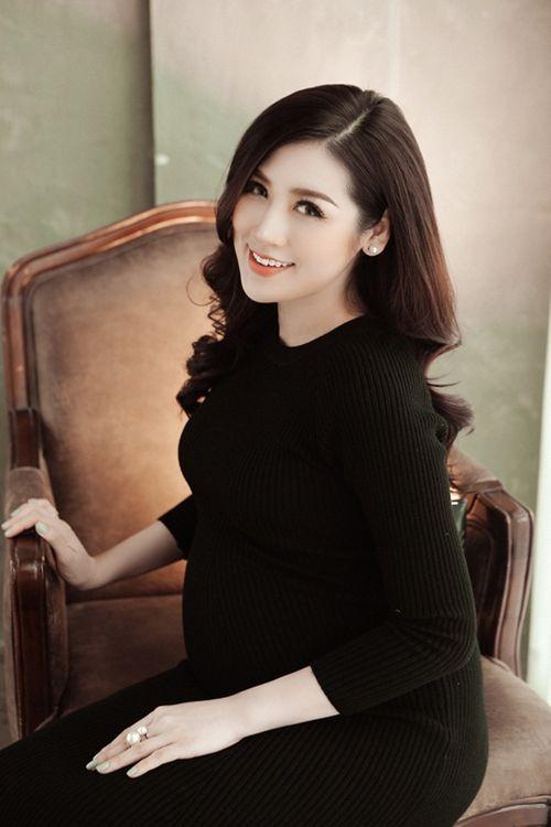 Trọn vẹn bộ ảnh xinh đẹp rạng ngời của Á hậu Tú Anh trong những tháng cuối thai kỳ - Ảnh 4