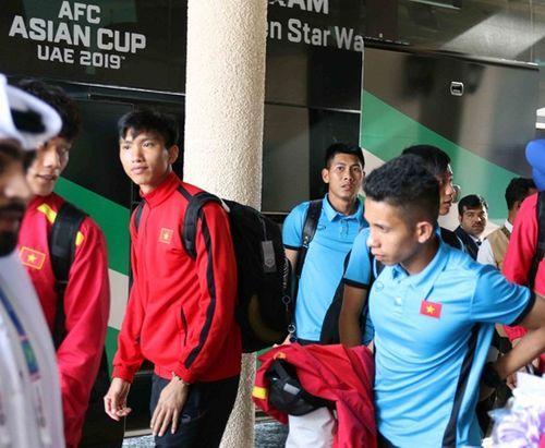 Đội tuyển Việt Nam gặp sự cố hy hữu tại UAE trước trận quyết định gặp Yemen - Ảnh 1
