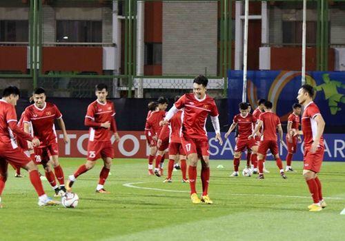 Asian Cup 2019: Cận cảnh buổi tập đầu tiên của tuyển Việt Nam tại UAE - Ảnh 9