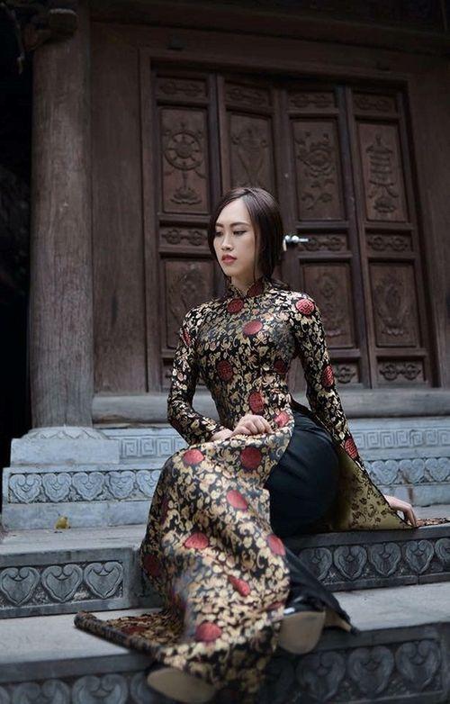 Lộ diện nhan sắc vợ kém 19 tuổi của NSND Trung Hiếu khiến fan xôn xao - Ảnh 8