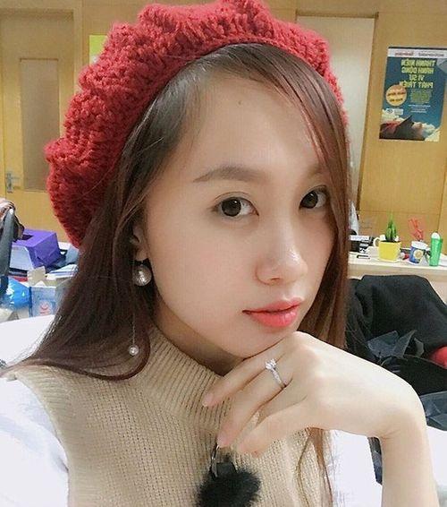 Lộ diện nhan sắc vợ kém 19 tuổi của NSND Trung Hiếu khiến fan xôn xao - Ảnh 3
