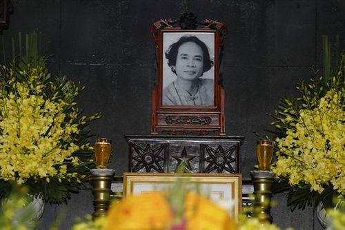 Người thân, đồng nghiệp ngậm ngùi tiễn biệt nhà thơ - nhạc sĩ Nguyễn Trọng Tạo - Ảnh 1