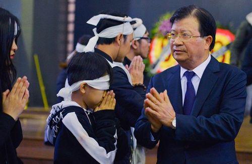 Người thân, đồng nghiệp ngậm ngùi tiễn biệt nhà thơ - nhạc sĩ Nguyễn Trọng Tạo - Ảnh 4