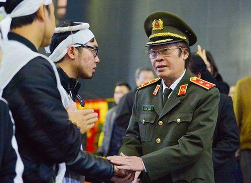 Người thân, đồng nghiệp ngậm ngùi tiễn biệt nhà thơ - nhạc sĩ Nguyễn Trọng Tạo - Ảnh 5