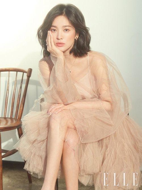 Chẳng thèm để ý tới tin đồn ly hôn, Song Hye Kyo xuất hiện lộng lẫy trên tạp chí - Ảnh 3