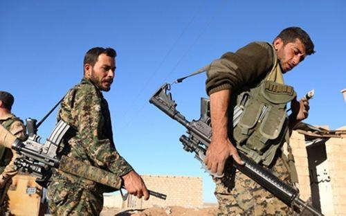 Video: Liên quân SDF - Mỹ tấn công hang ổ cuối cùng của IS ở Syria - Ảnh 1