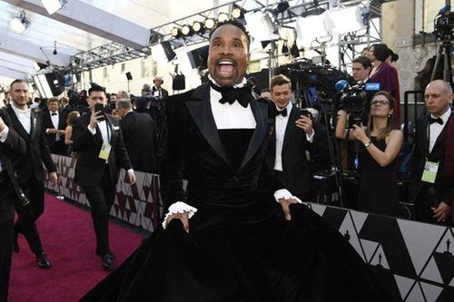 Thảm đỏ Oscar 2019: Dàn sao nữ lộng lẫy gợi cảm vẫn phải lu mờ trước 1 người - Ảnh 2