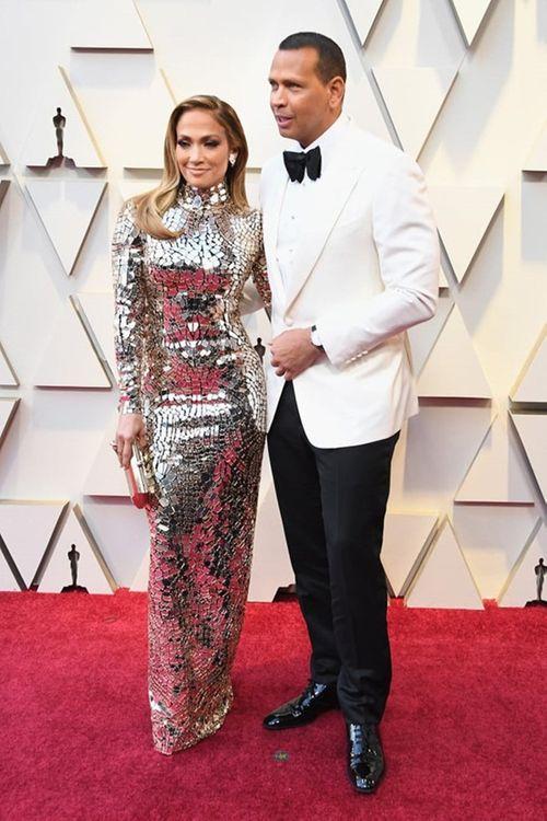 Thảm đỏ Oscar 2019: Dàn sao nữ lộng lẫy gợi cảm vẫn phải lu mờ trước 1 người - Ảnh 12
