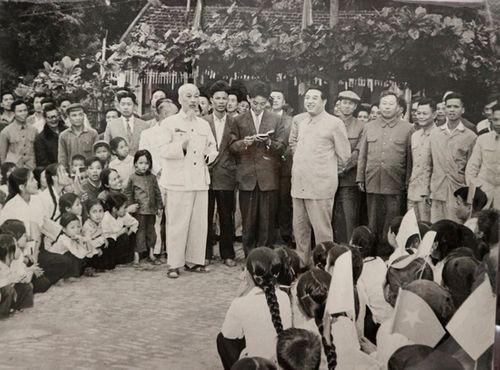 Hai chuyến thăm lịch sử của cố Chủ tịch Triều Tiên Kim Nhật Thành tại Việt Nam - Ảnh 3