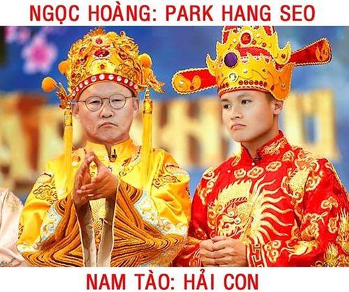Cười nghiêng ngả với loạt ảnh chế khiến tuyển thủ Việt Nam hóa Táo Quân - Ảnh 1