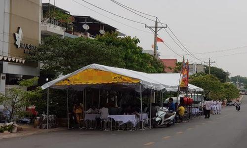 """Tin tức pháp luật ngày 13/3/2019: Hà Nội: """"Nghịch tử"""" 19 tuổi chém mẹ nhập viện vì mâu thuẫn gia đình - Ảnh 1"""
