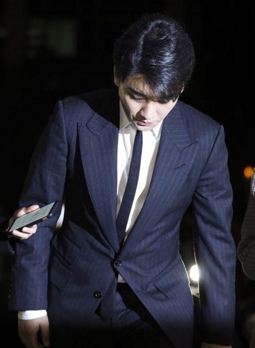 Ấn định thời điểm Seungri, Jung Joon Young trình diện cảnh sát phục vụ điều tra - Ảnh 2