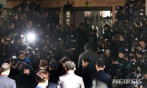 Jung Joon Young đã có mặt tại Sở cảnh sát Seoul theo lệnh triệu tập - Ảnh 2