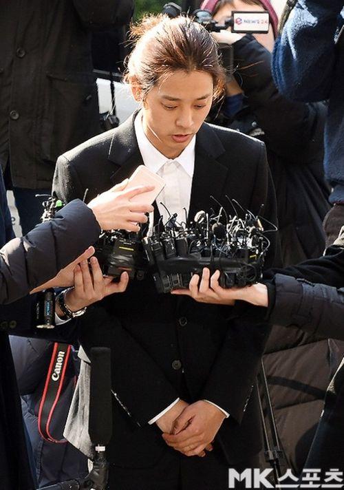 Jung Joon Young đã có mặt tại Sở cảnh sát Seoul theo lệnh triệu tập - Ảnh 5