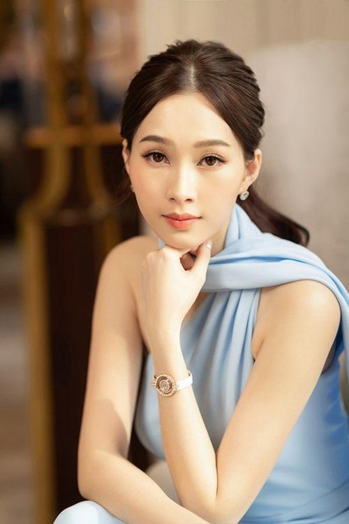 """Hình ảnh mới nhất thể hiện """"nhan sắc mặn mà"""" của hoa hậu Đặng Thu Thảo - Ảnh 3"""