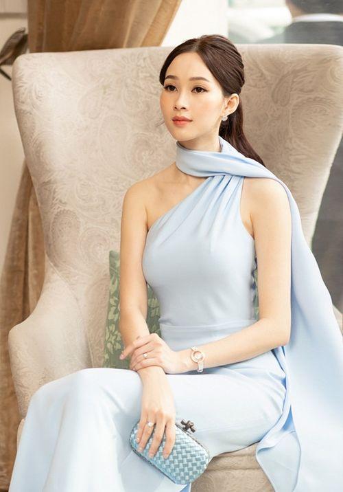 """Hình ảnh mới nhất thể hiện """"nhan sắc mặn mà"""" của hoa hậu Đặng Thu Thảo - Ảnh 4"""