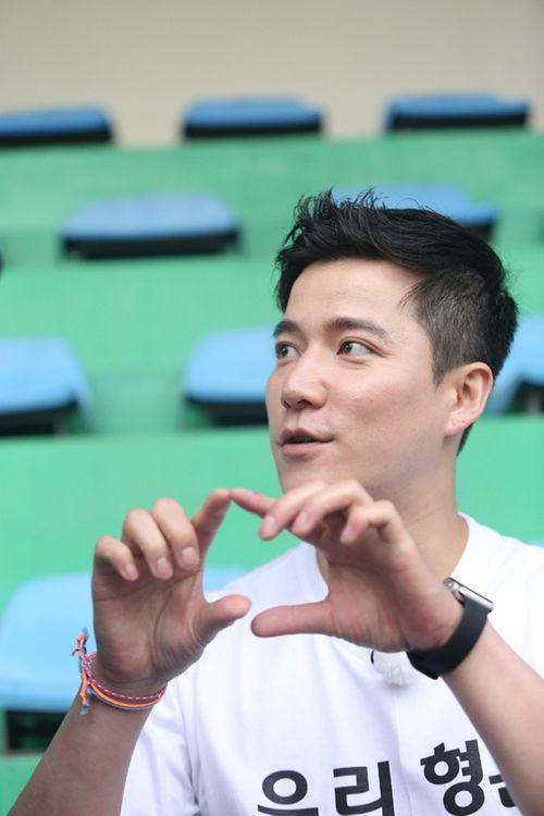 """Cha In Pyo cùng dàn sao Hàn đến Việt Nam, gọi ông Park là """"người anh của chúng ta"""" - Ảnh 2"""