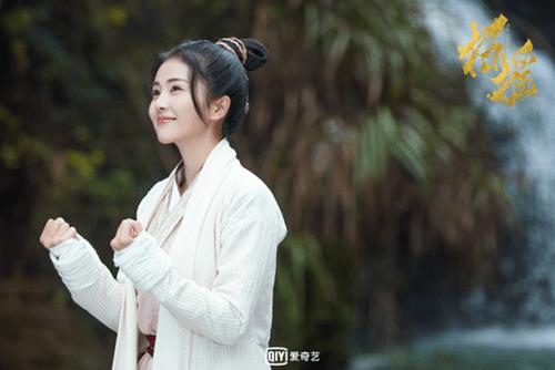 Nhan sắc loạt nữ thần cổ trang thế hệ mới của màn ảnh Hoa ngữ - Ảnh 14