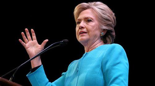 Hillary Clinton bị tố cấu kết FBI để che đậy hành vi phạm pháp - Ảnh 1