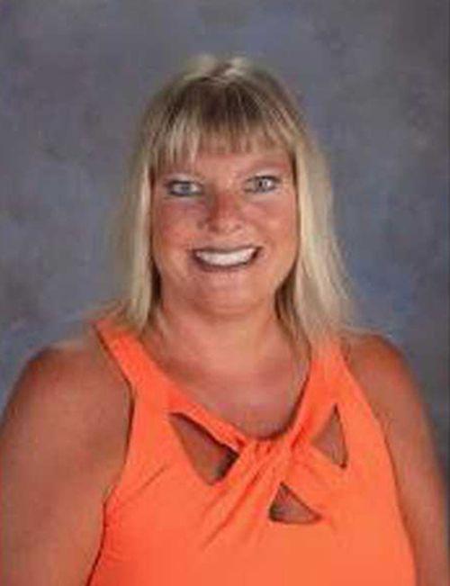Trợ lý giáo viên bị sa thải vì nói bà Michelle Obama là 'khỉ đột' - Ảnh 1