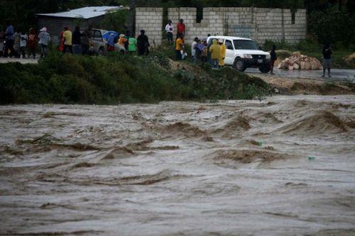 Siêu bão Matthew mạnh nhất trong 10 năm tấn công Haiti - Ảnh 1