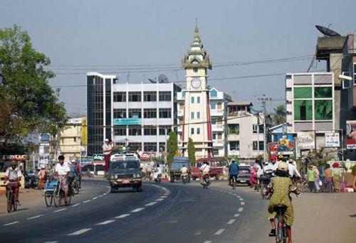 Mỹ chính thức dỡ bỏ trừng phạt Myanmar - Ảnh 1