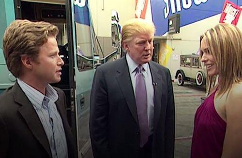 Xuất hiện video ông Trump khoe thoải mái sàm sỡ phụ nữ - Ảnh 1