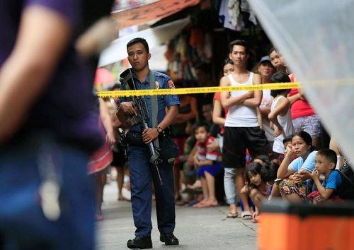 Mỹ hủy giao dịch 26.000 súng trường với Philippines - Ảnh 1