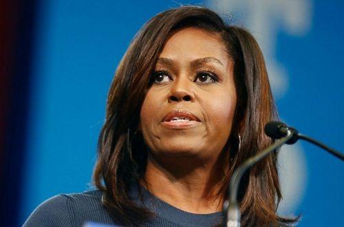 Nhiều dân Mỹ kêu gọi bà Obama tranh cử tổng thống năm 2020 - Ảnh 1